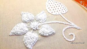 آموزش گل دوزی/ گل سفید برجسته برای پیراهن