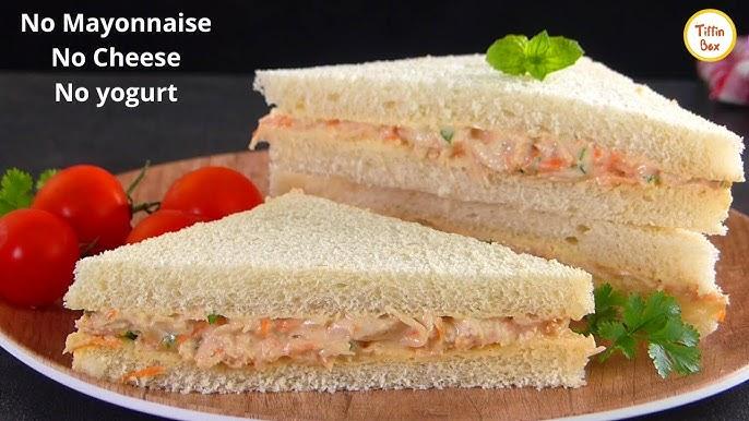 ساندویچ مرغ ساده و خوشمزه بدون مایونز، ماست و یا پنیر